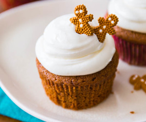 christmas, cream cheese, and cupcakes image