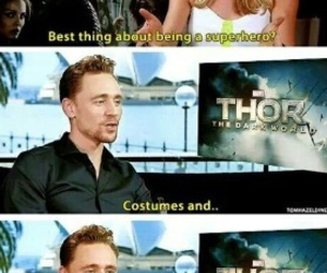 tom hiddleston, bromance, and interview image