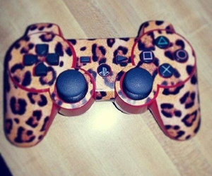 game and leopard image