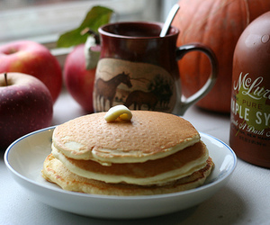 butter and maple syrup image