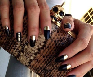 black, clutch, and girly image