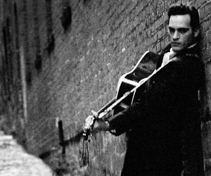 black and white, joaquin phoenix, and walk the line image