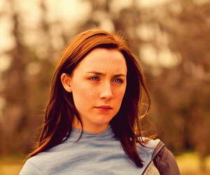 the host and Saoirse Ronan image