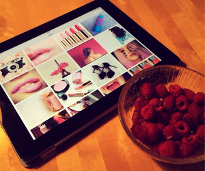 berries and weheartit image