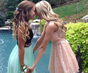 friends, dress, and lesbian image