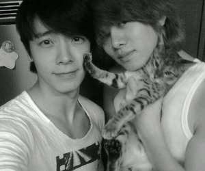 donghae and heechul.cute image