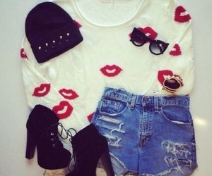 fashion, outfit, and kiss image