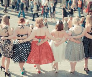dress, curvy, and girls image