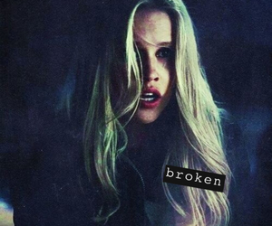 hair, vampire, and claire holt image