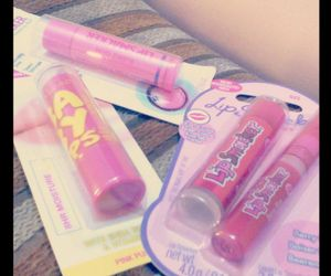 kiss, pink, and lip smackers image