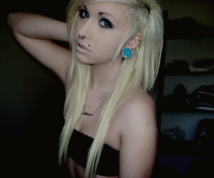 alternative, girl, and piercing image