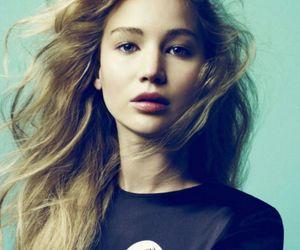 Jennifer Lawrence, hunger games, and the hunger games image