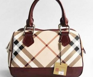 bags, Burberry, and handbags image