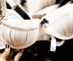 bra, lingerie, and runawaylove.blogg.no image