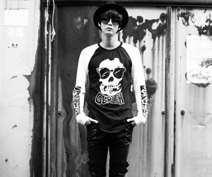korean ulzzang boy, uljjang, and ulzzang fashion image