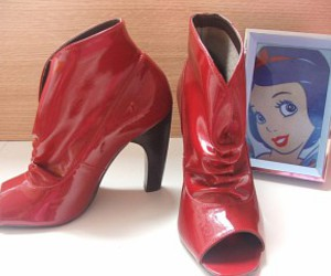 red shoes, snow white, and shoes image