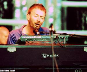 radiohead, thom yorke, and atoms for peace image