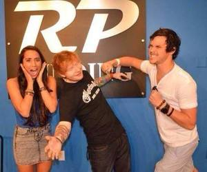 ed sheeran and alex and sierra image