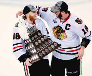 patrick kane and chicago blackhawks image