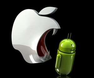 apple eating andriods image