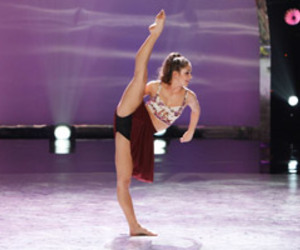 contemporary, dance, and flexibility image