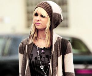 Taylor Momsen and fashion image