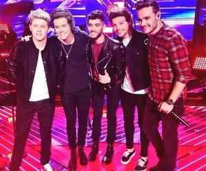 one direction, demi lovato, and Harry Styles image