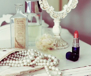 lipstick, pearls, and vintage image
