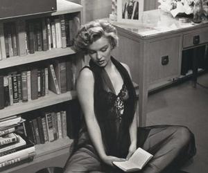 Marilyn Monroe, old, and read image