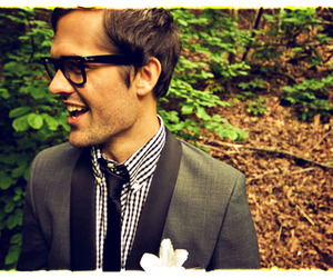 flower, glasses, and travis image