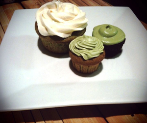 cake, cupcakes, and green image