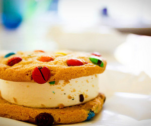 food, cookie, and yummy image