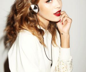 model and jasmine sanders image