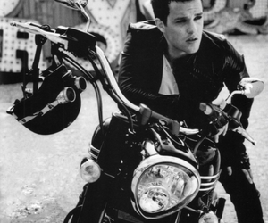 brandon flowers, the killers, and black and white image