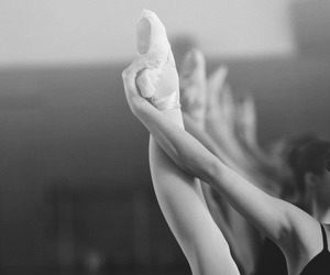 black and white, dance, and ballerina image