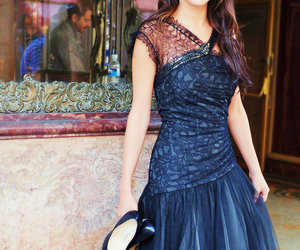 selena gomez, who says, and dress image