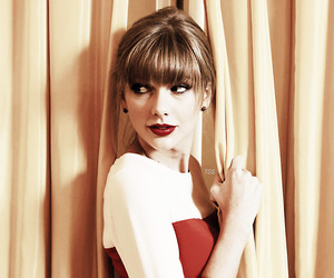 beautiful, red, and Taylor Swift image