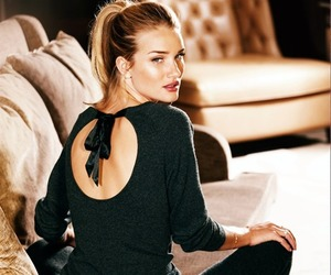model and rosie huntington-whiteley image