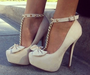 beige, chaussures, and talons image