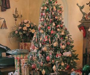 chrismas, chrismas tree, and family image