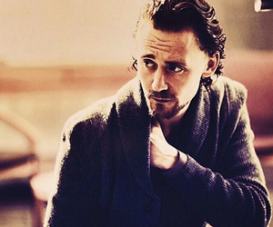 tom hiddleston, Hot, and scruffy image