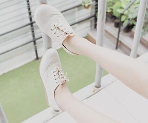 korean, white, and ulzzang shoes image