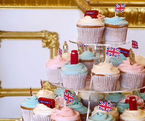 Big Ben, british, and cupcake image