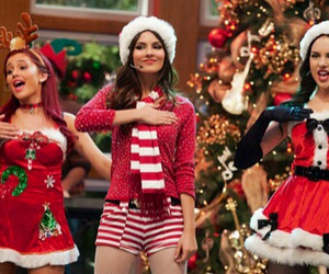 victorious, ariana grande, and victoria justice image