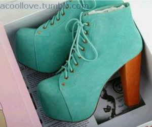green, shoes, and botas image