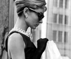 audrey hepburn, style, and classy image