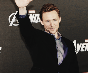 actor, photography, and tom hiddleston image