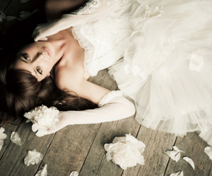 bride and flowers image