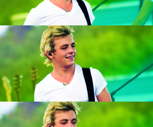 concert, r5, and ross lynch image