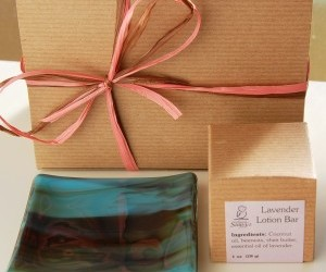 glass plate, lotion bar, and ggift set image